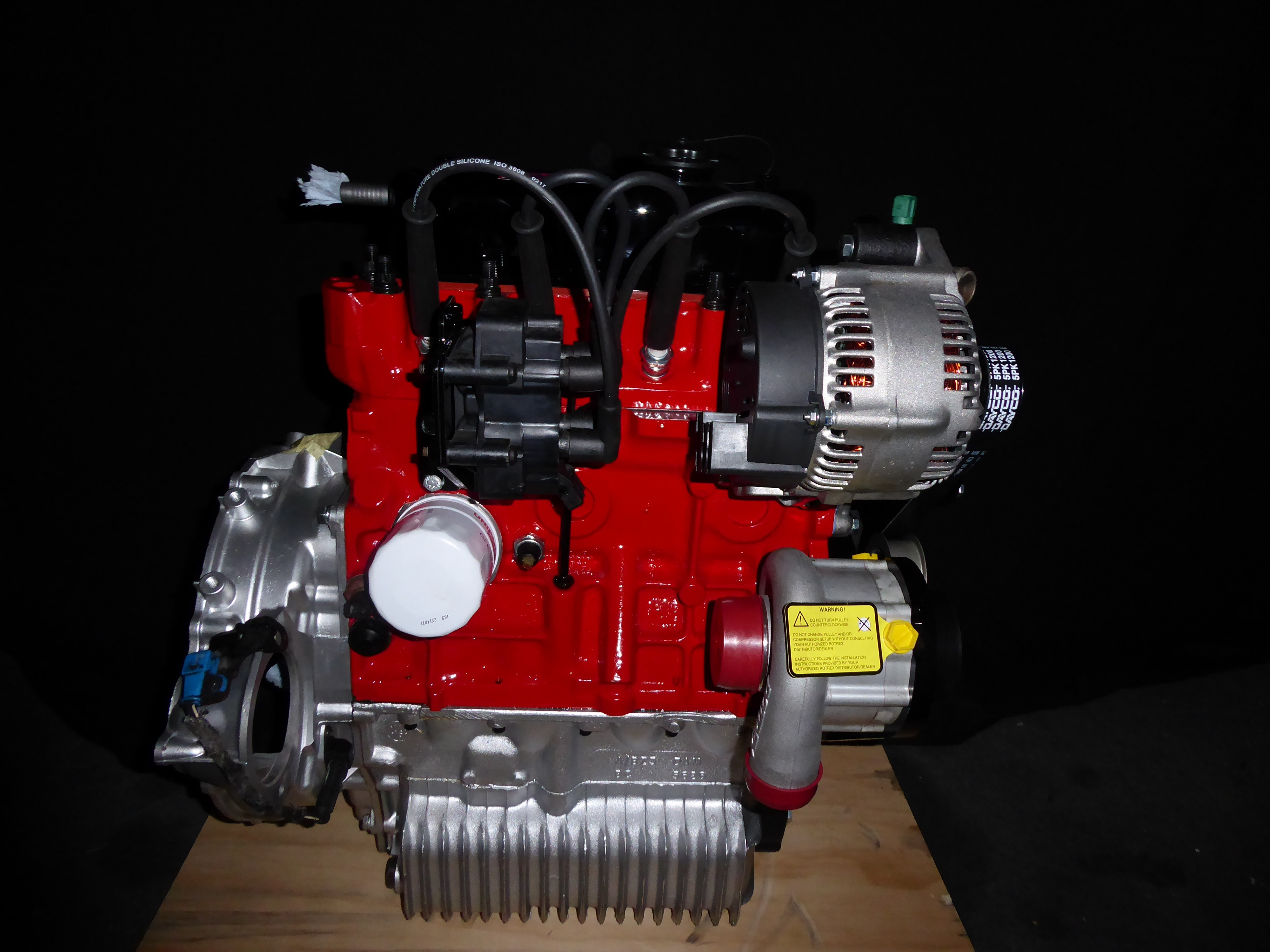 S-Pack Rotrex Supercharged 5 Port Engine